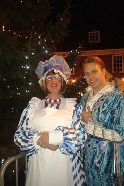 Panto stars come out for the Winslow Light Switch On